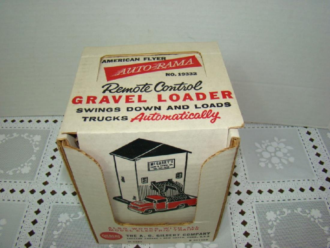 NIB AMERICAN FLYER AUTO-RAMA & TRAIN  GRAVEL LOADE - 2