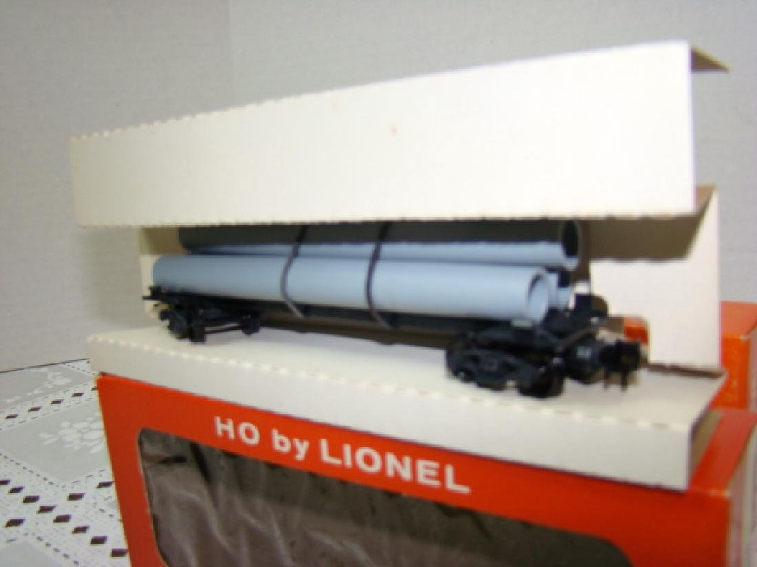 2 LIONEL HO TRANSPORT CARS-HELIUM TANK & PIPE CARS - 5