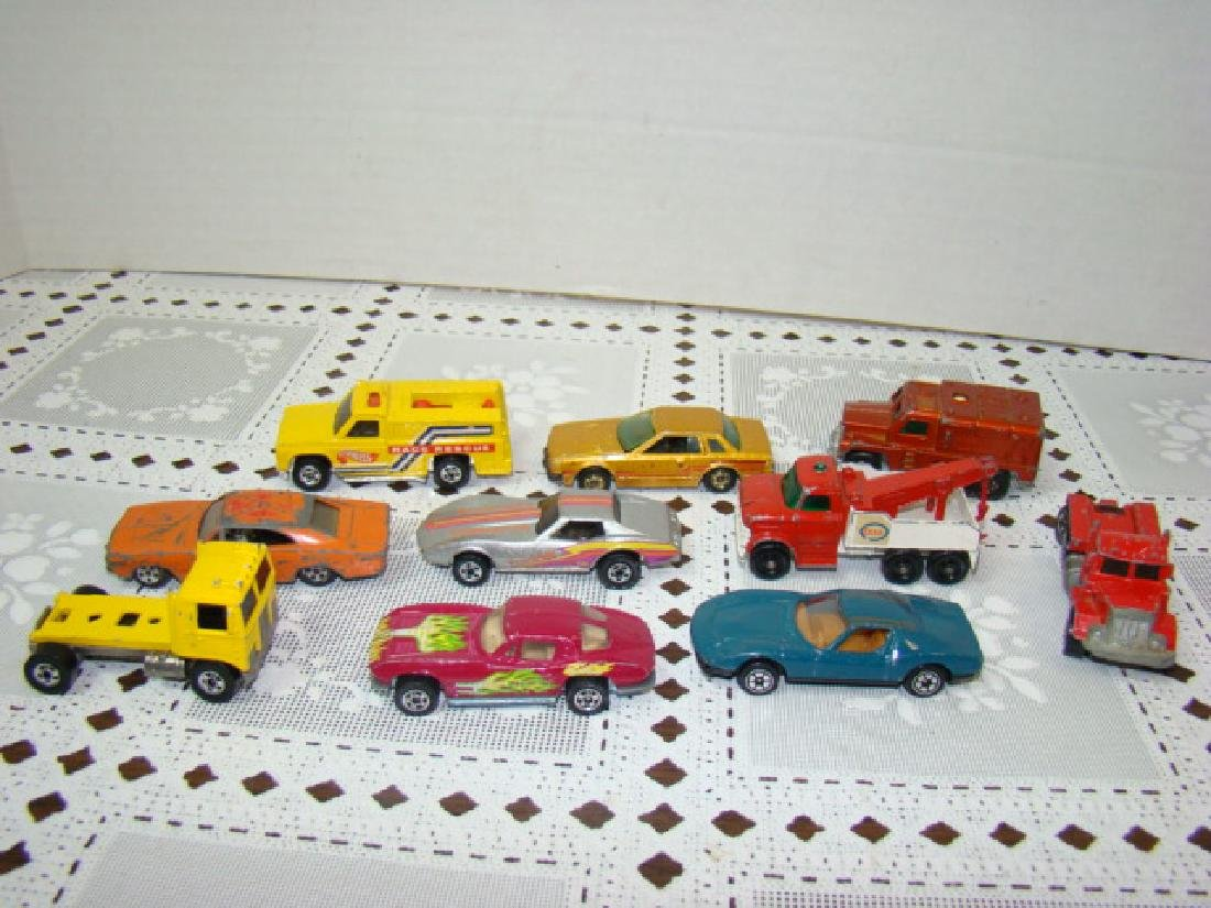 VINTAGE HOT WHEELS HOT WHEELS
