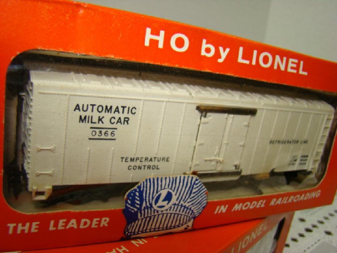 HO TRAIN SCALE OPERATING MILK CAR & ANIMATED CIRCU - 3