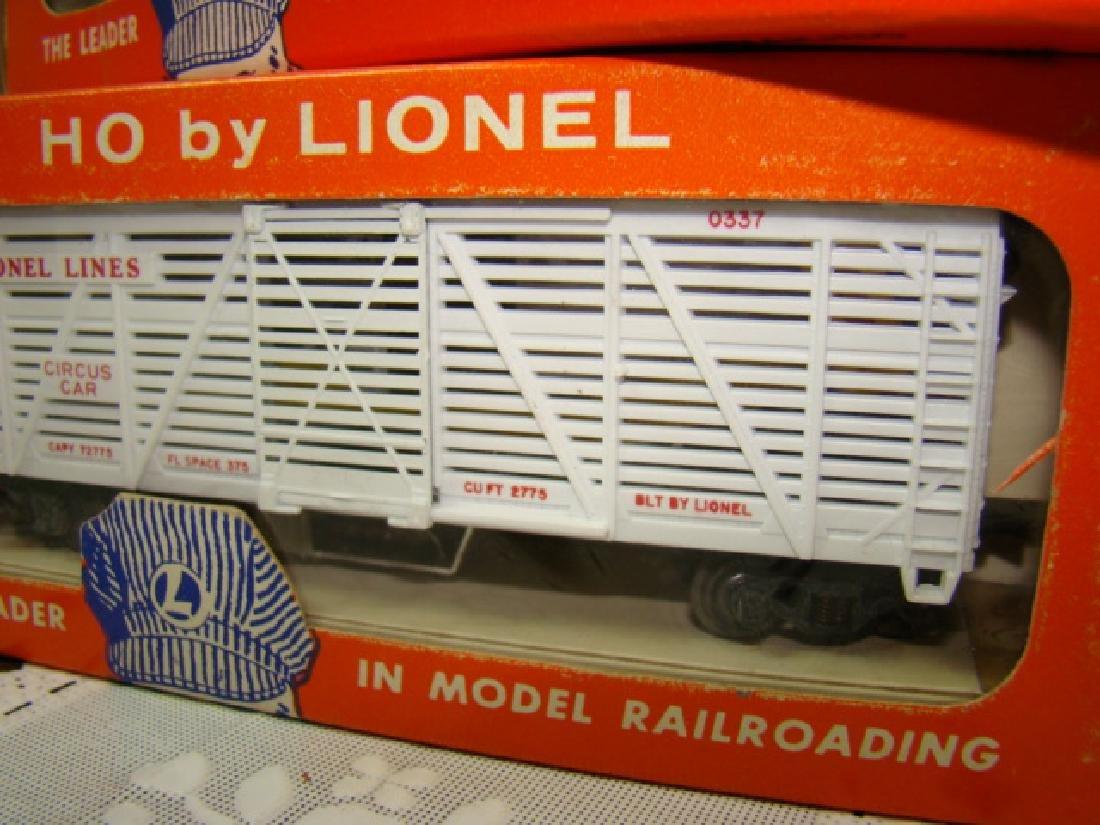 HO TRAIN SCALE OPERATING MILK CAR & ANIMATED CIRCU - 4