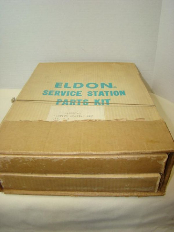 RARE ELDON SERVICE STATION PARTS KIT 8-5880-0