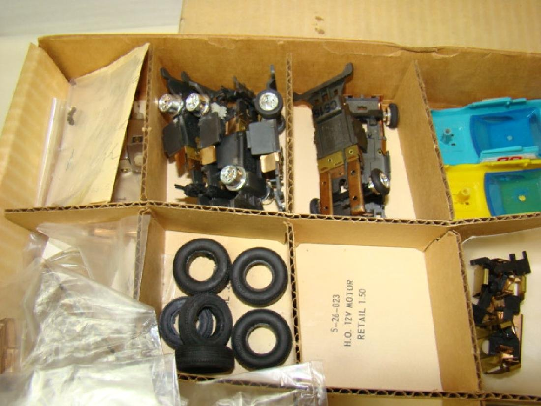 RARE ELDON SERVICE STATION PARTS KIT 8-5880-0 - 3