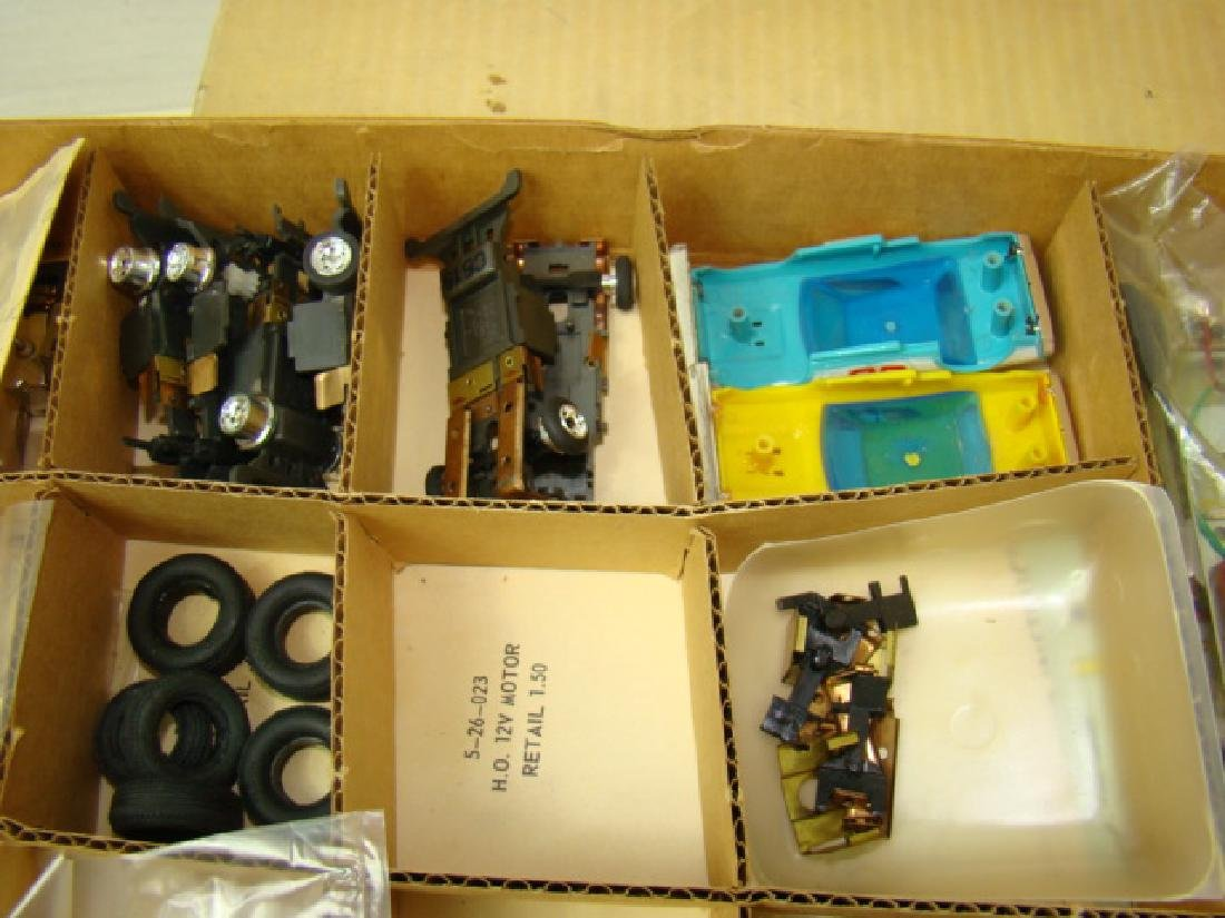 RARE ELDON SERVICE STATION PARTS KIT 8-5880-0 - 7