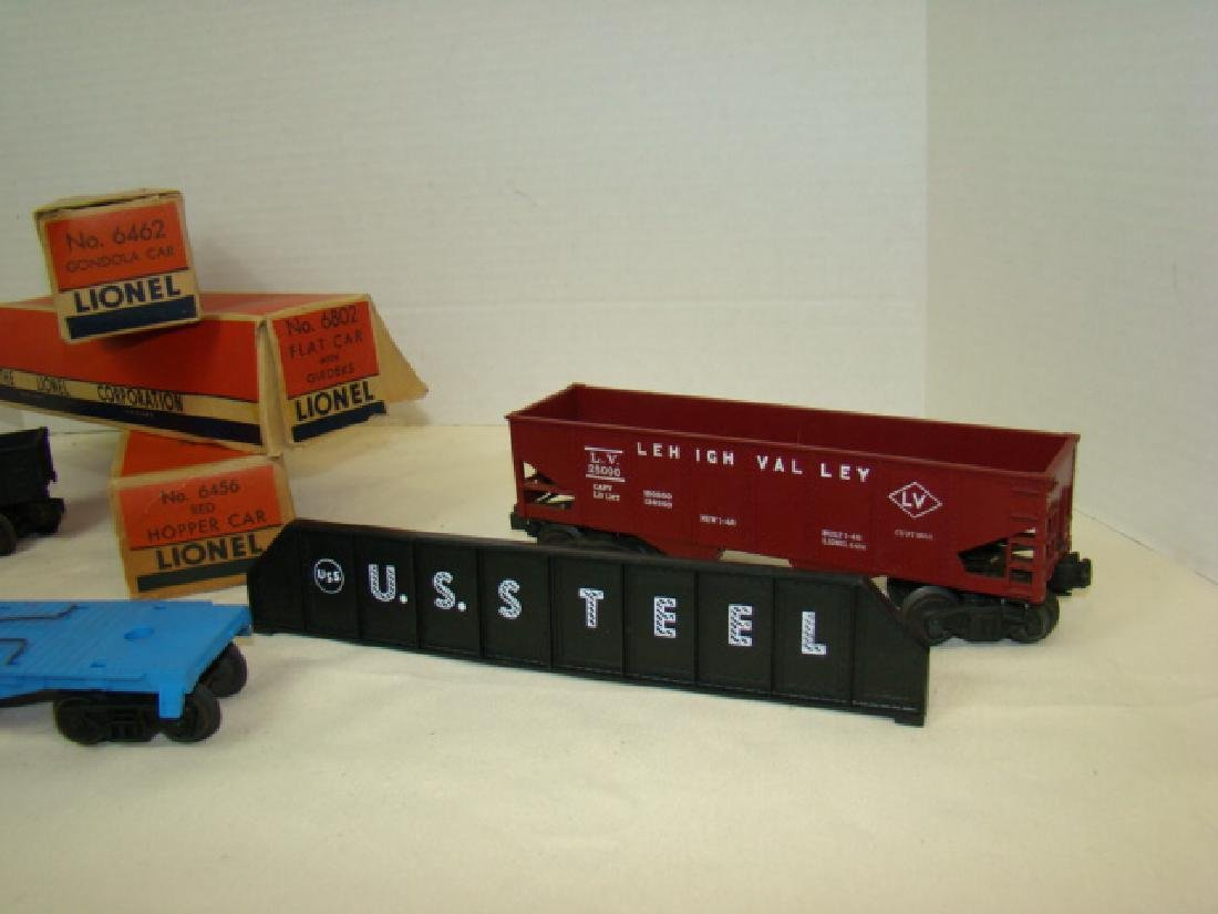 LIONEL GONDOLA -HOPPER - FLAT CAR WITH ORIGINAL BO - 2