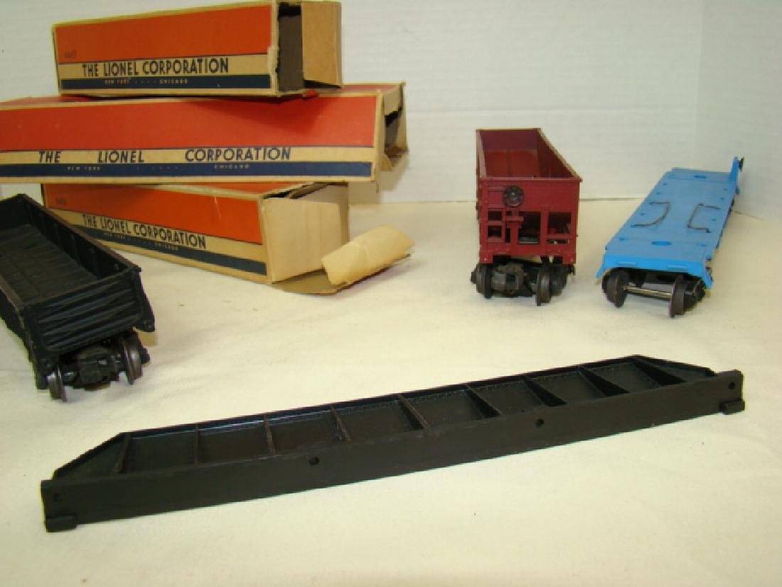 LIONEL GONDOLA -HOPPER - FLAT CAR WITH ORIGINAL BO - 6