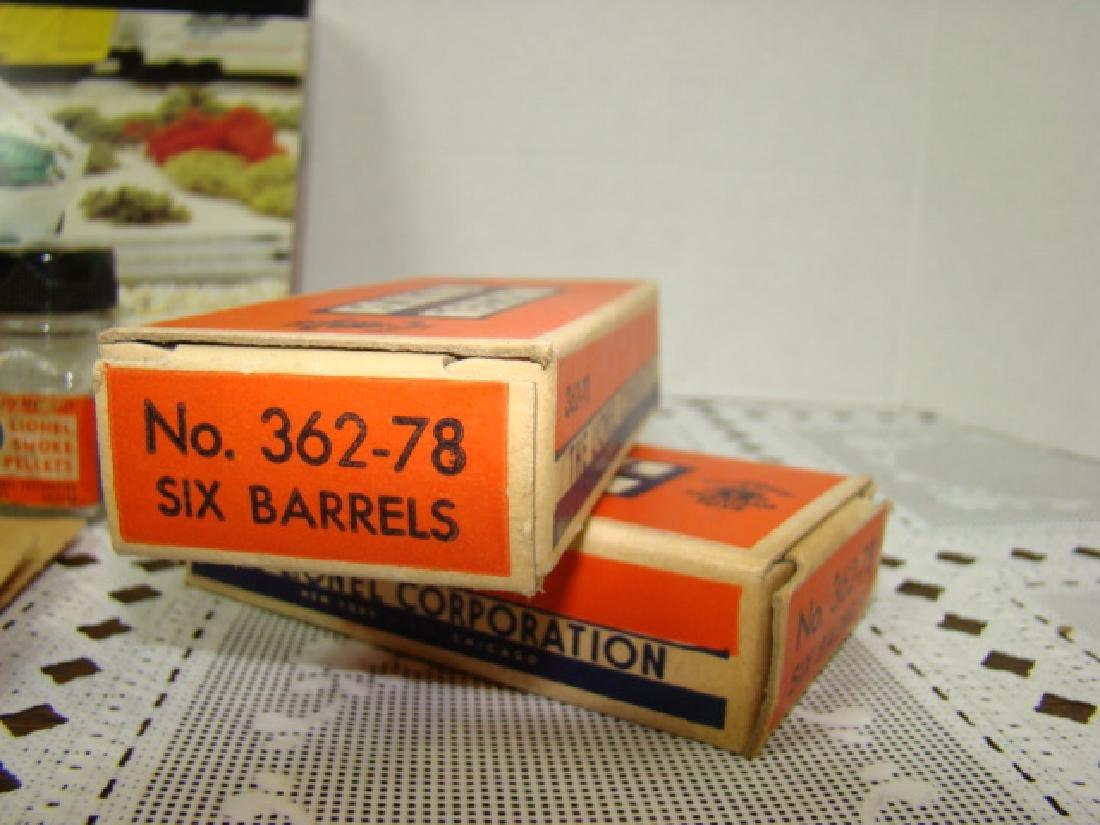 LIONEL ACCESSORIES - CATTLE-BARRELS-SMOKE PELLETS - 3