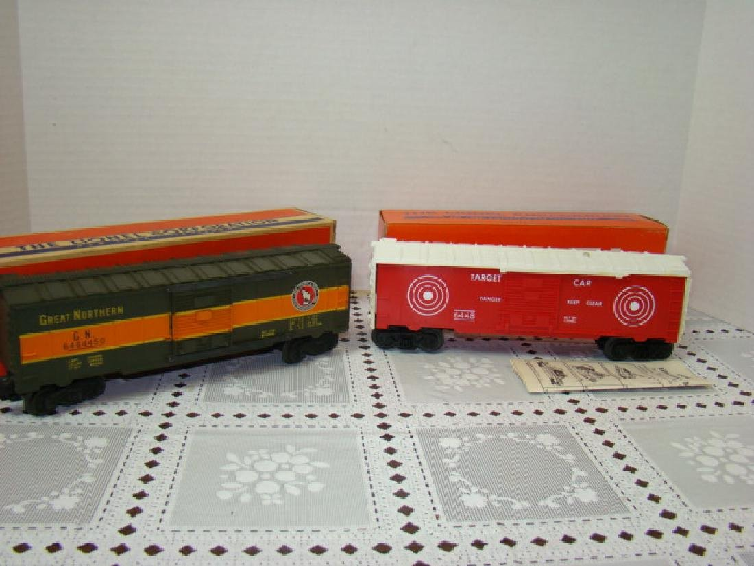 LIONEL TRAINS- GREAT NORTHERN BOX CAR & EXPLODING