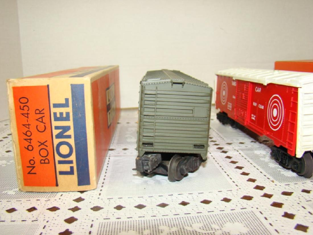 LIONEL TRAINS- GREAT NORTHERN BOX CAR & EXPLODING - 3