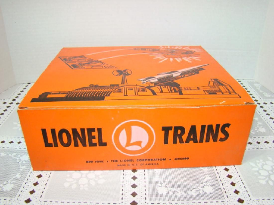 LIONEL MISSILE LAUNCHING PLATFORM WITH EXPLODING T