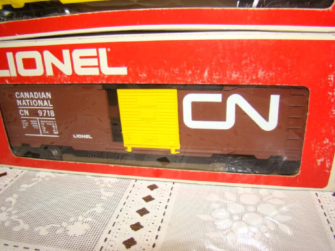LIONEL UNION PACIFIC BOX CAR 6-9717 AND CANADIAN N - 2