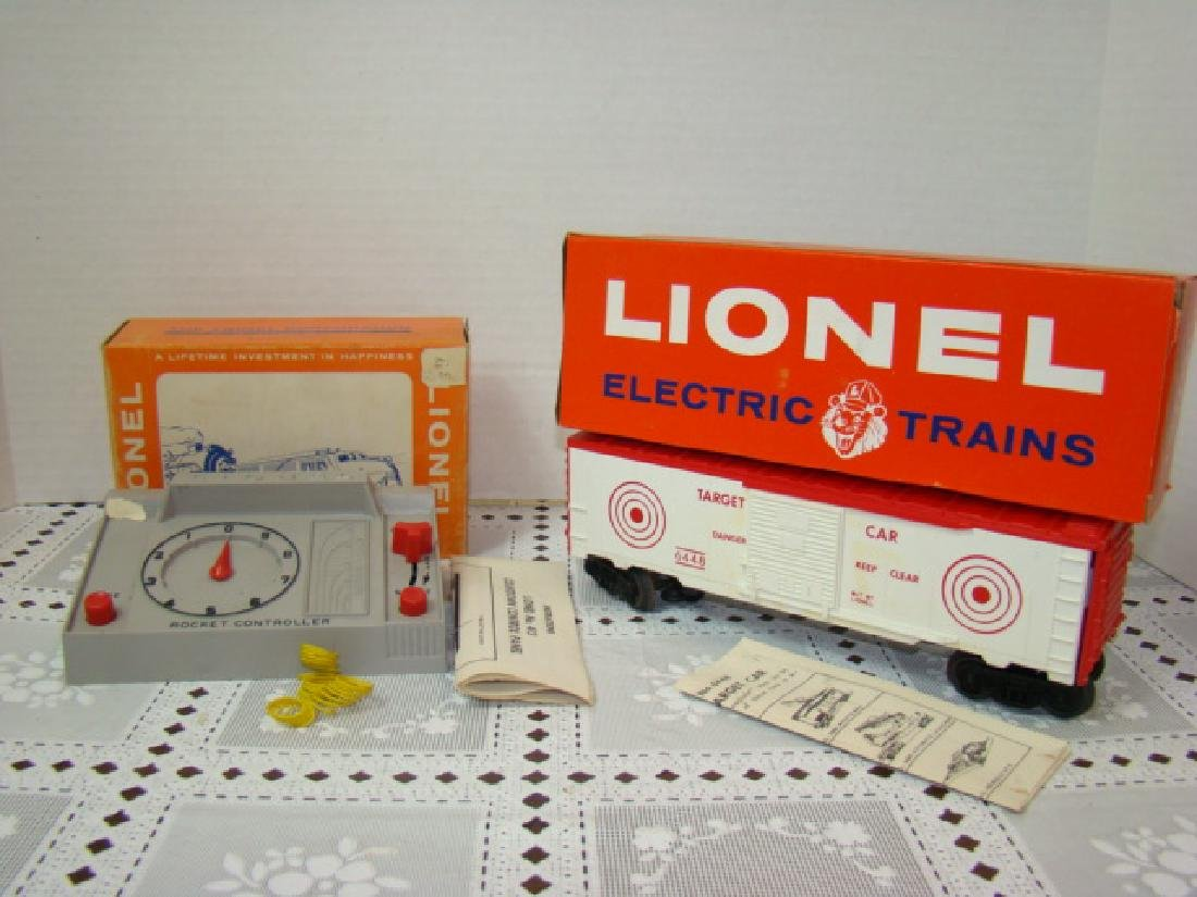 LIONEL 413 COUNTDOWN CONTROL AND 6448 TARGET CAR