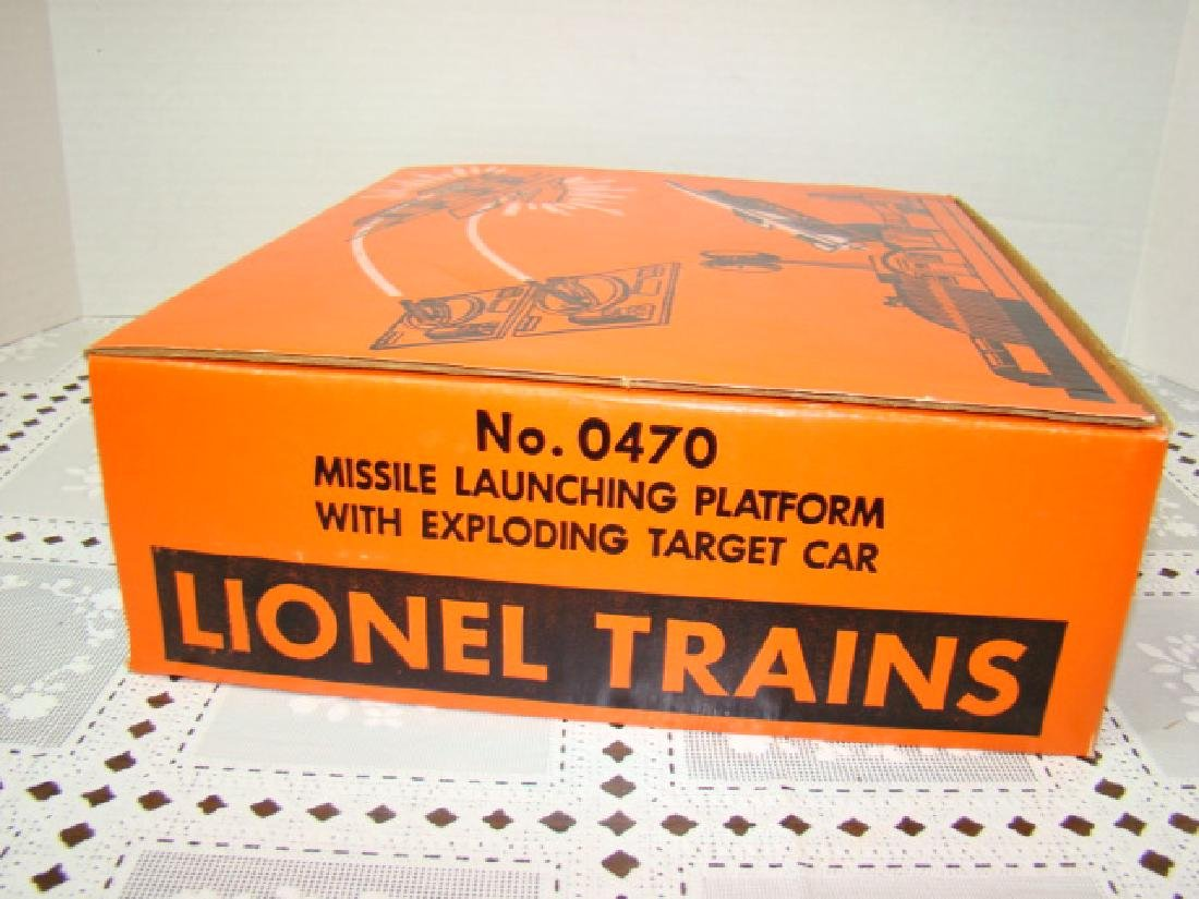 NIB LIONEL MISSILE LAUNCHING PLATFORM WITH EXPLODI - 6