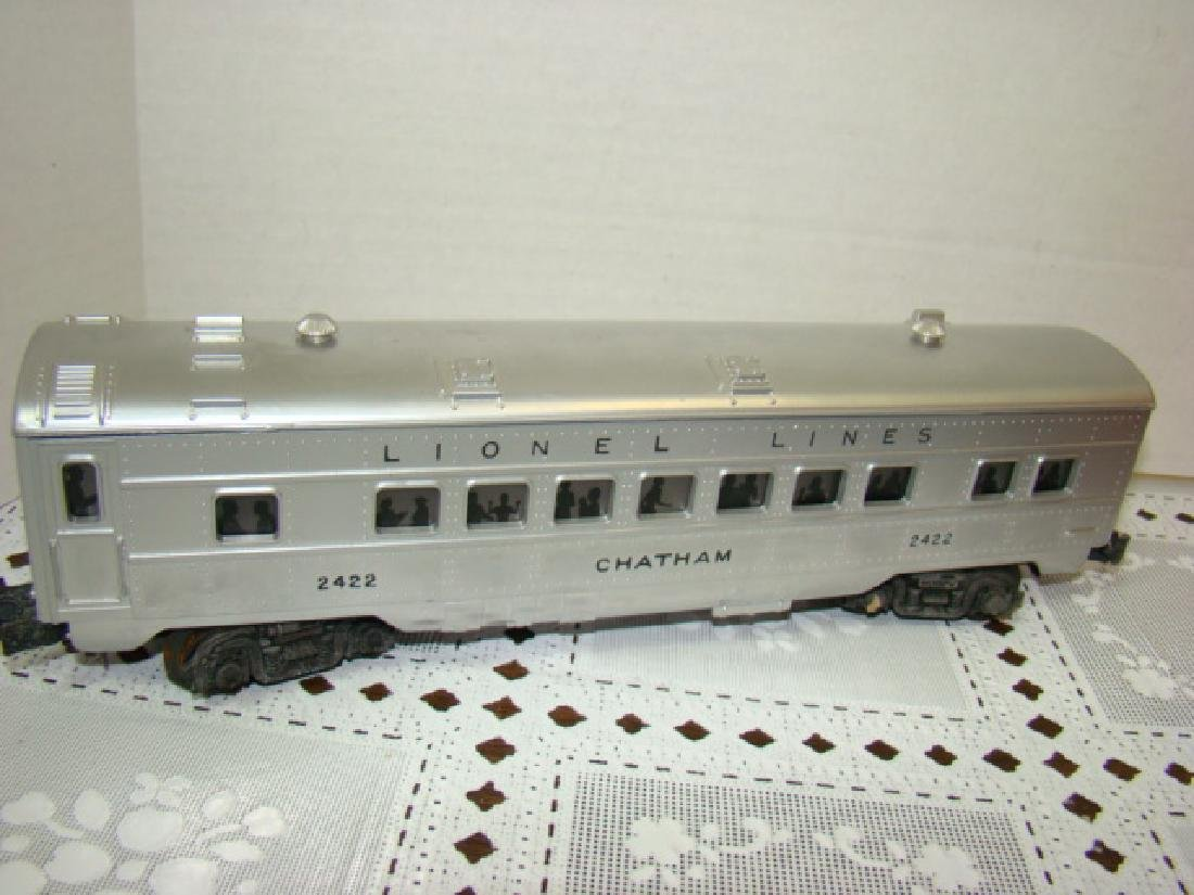 LIONEL  3 PIECE ILLUMINATED TRAIN CAR SET - 4