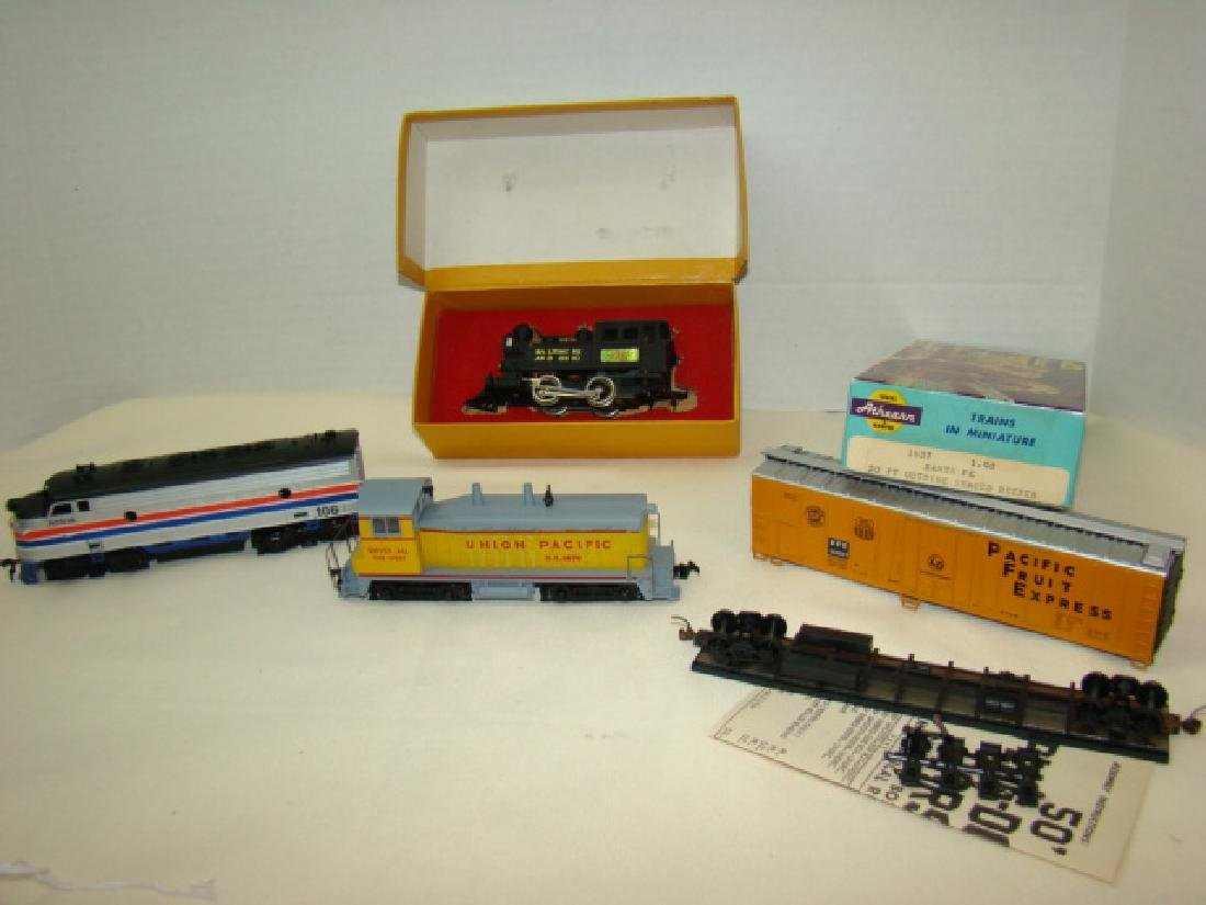 HO SCALE MIXED LOT