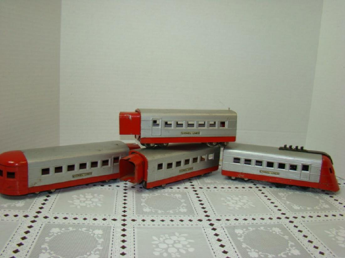 LIONEL TRAIN LINES - LIONEL JR 4 PIECE TIN TRAIN S