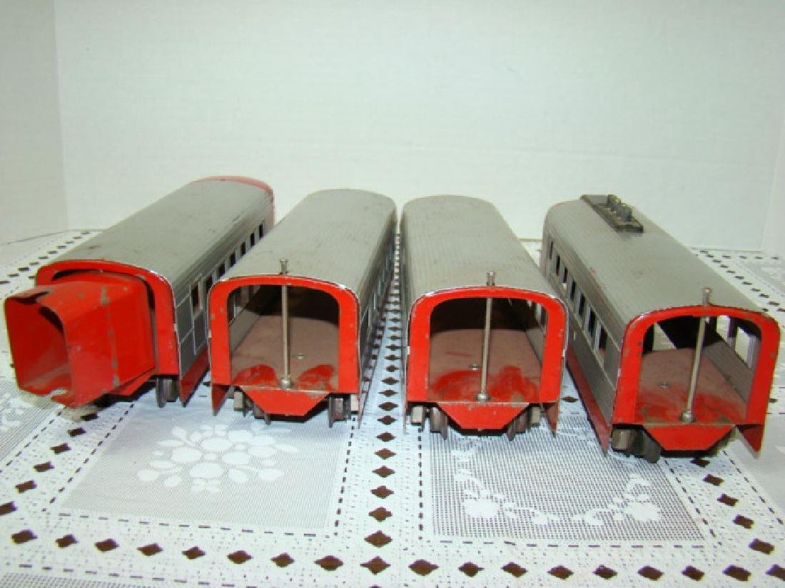 LIONEL TRAIN LINES - LIONEL JR 4 PIECE TIN TRAIN S - 6