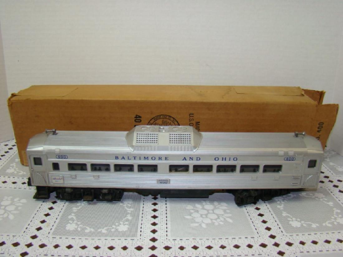 LIONEL TRAIN- BALTIMORE & OHIO PASSENGER TRAIN IN