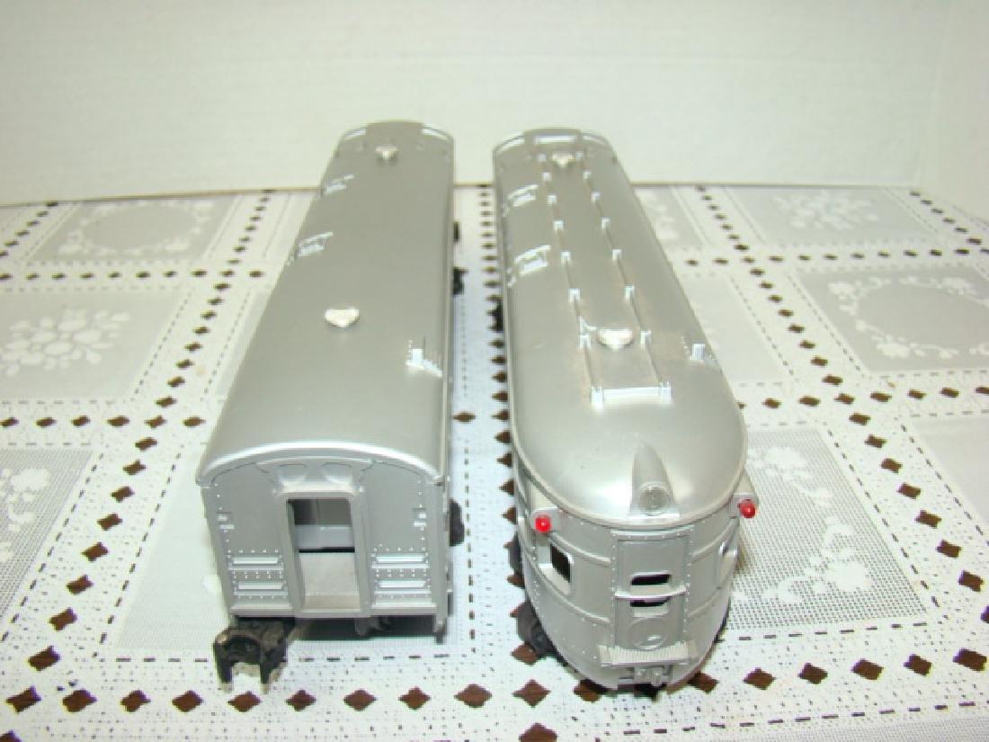 2 LIONEL LINES PASSENGER & OBSERVATION CAR - 4