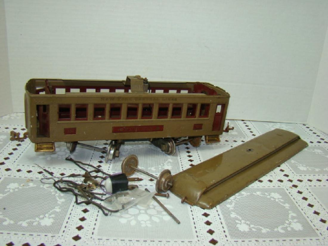 VINTAGE LIONEL PRE WAR PULLMAN TRAIN CAR