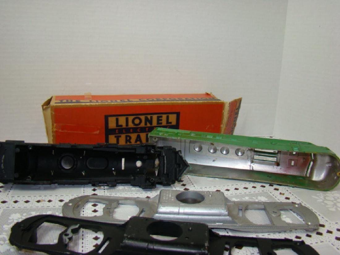 LIONEL TRAINS- 2 LOCOMOTIVE CAPS ONLY- 2 CHASSIS - 6