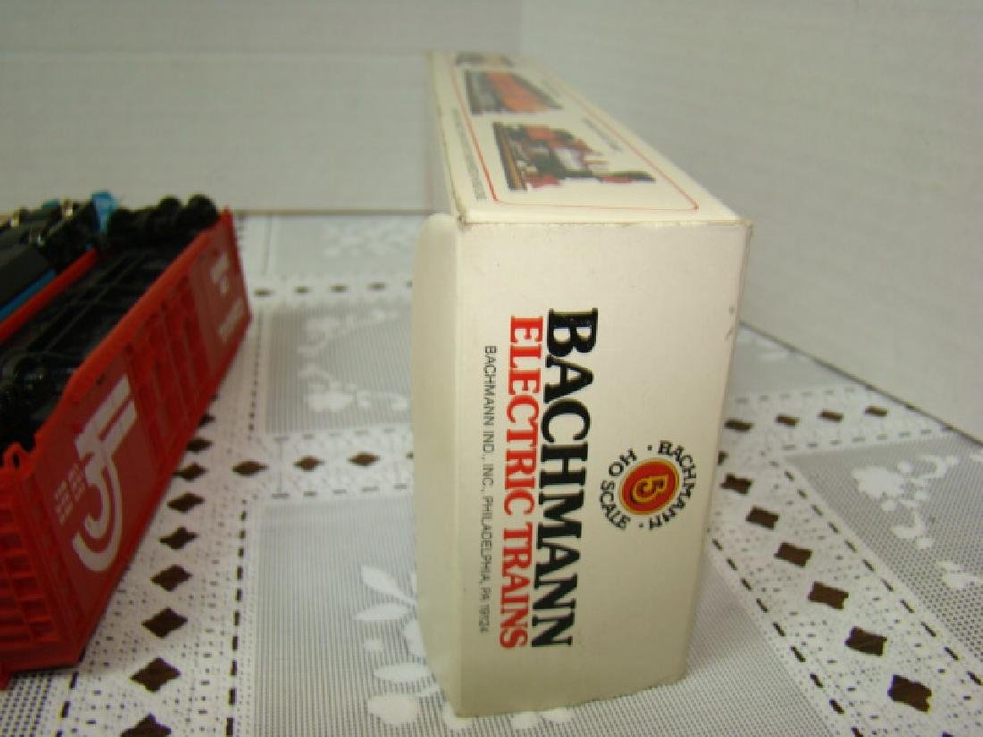 BACHMANN LOCOMOTIVES - BOXCARS & MORE - 10