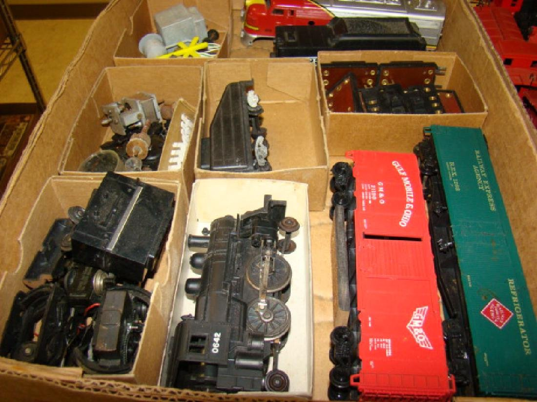 VARIOUS HO TRAIN LOTS-LOCOS AND CARS - 2
