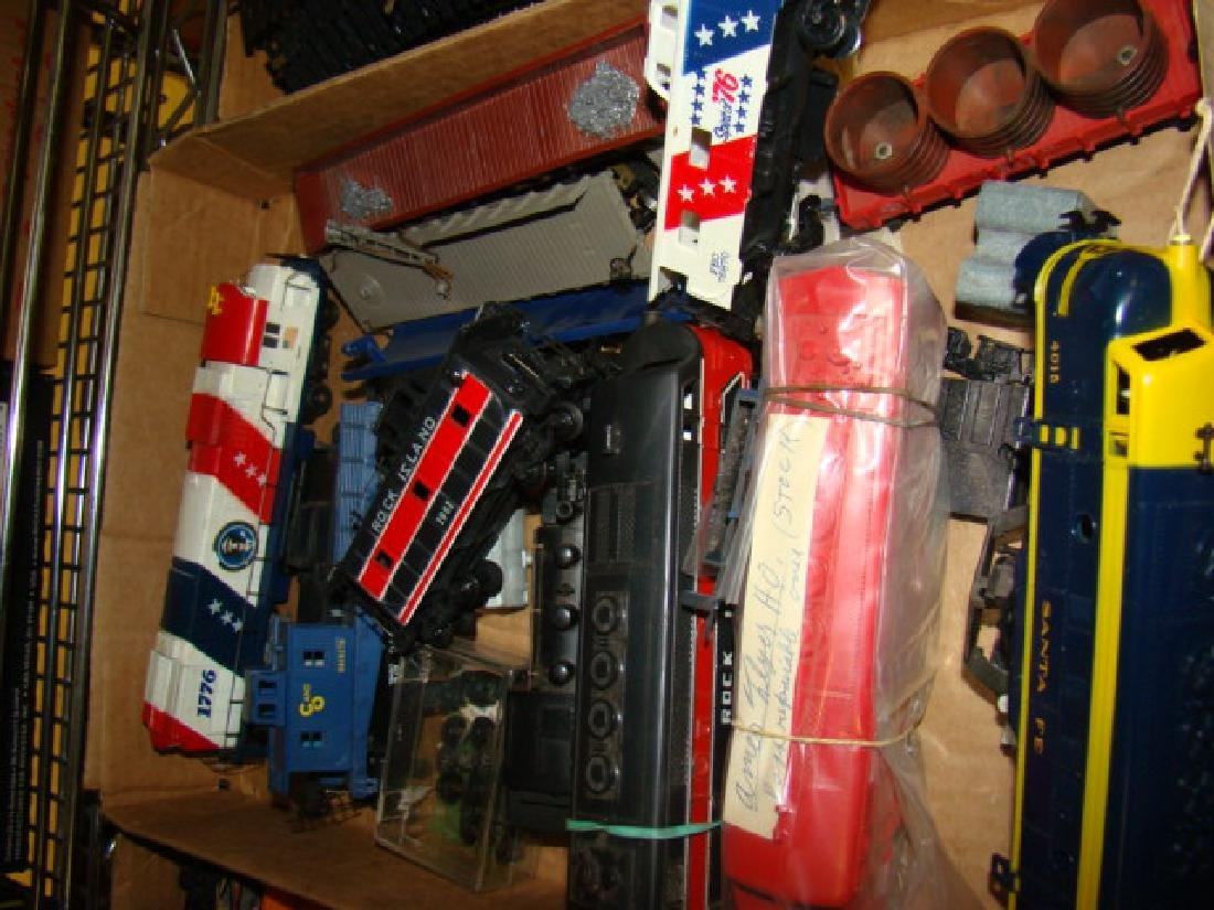 SHELF LOT-HO SCALE VARIOUS TRAINS - 4