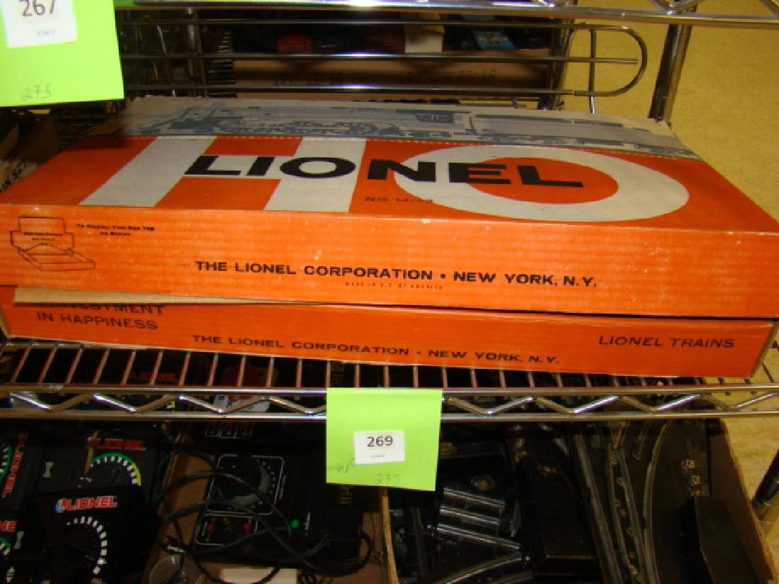 HO SCALE TRAIN SET BY LIONEL IN ORIGINAL BOX