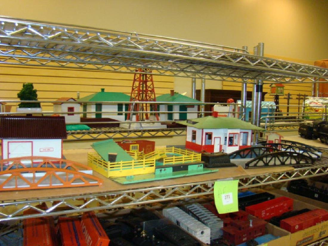 AMERICAN FLYER ACCESSORY HOUSES & BRIDGES