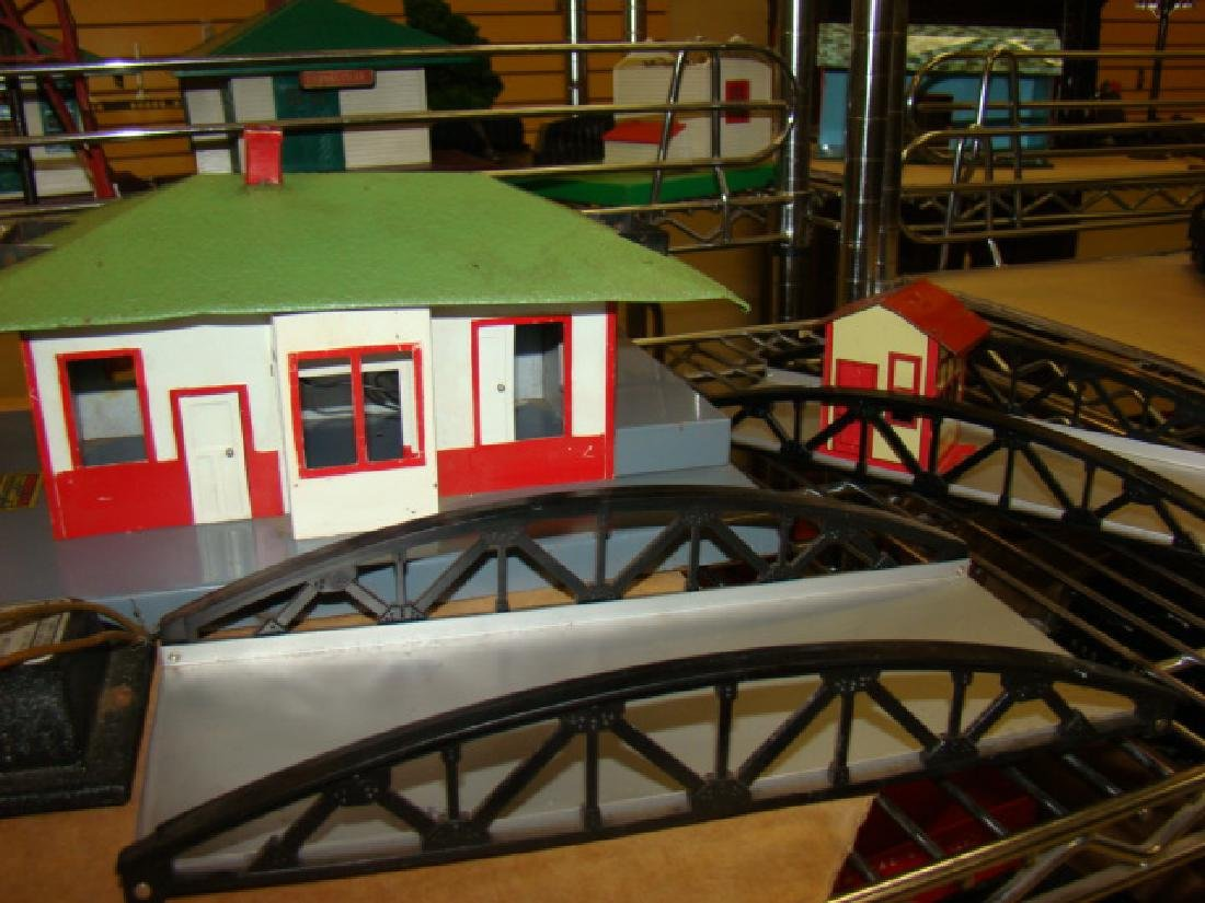 AMERICAN FLYER ACCESSORY HOUSES & BRIDGES - 4