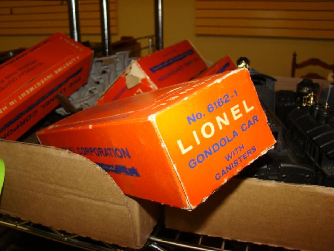 LOCOMOTIVES-TENDERS & LIONEL ACCESSORIES - 3