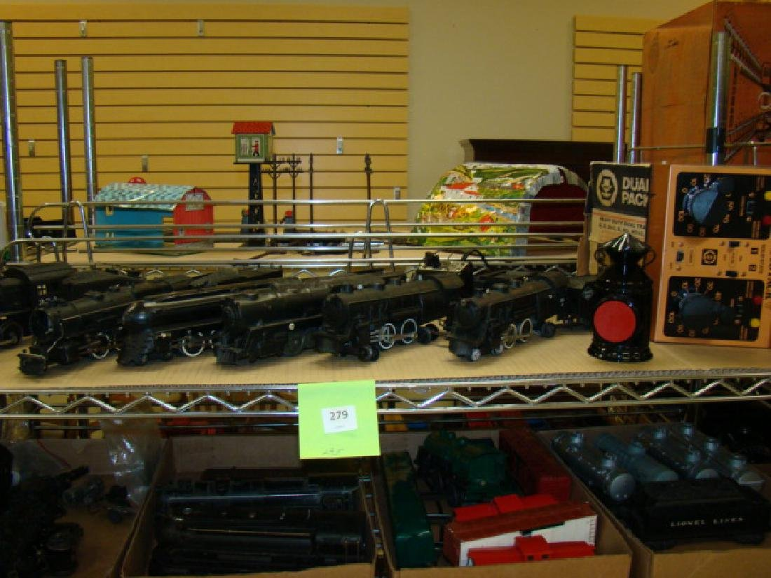 LARGE LOT OF VARIOUS LOCOMOTIVE & TENDERS