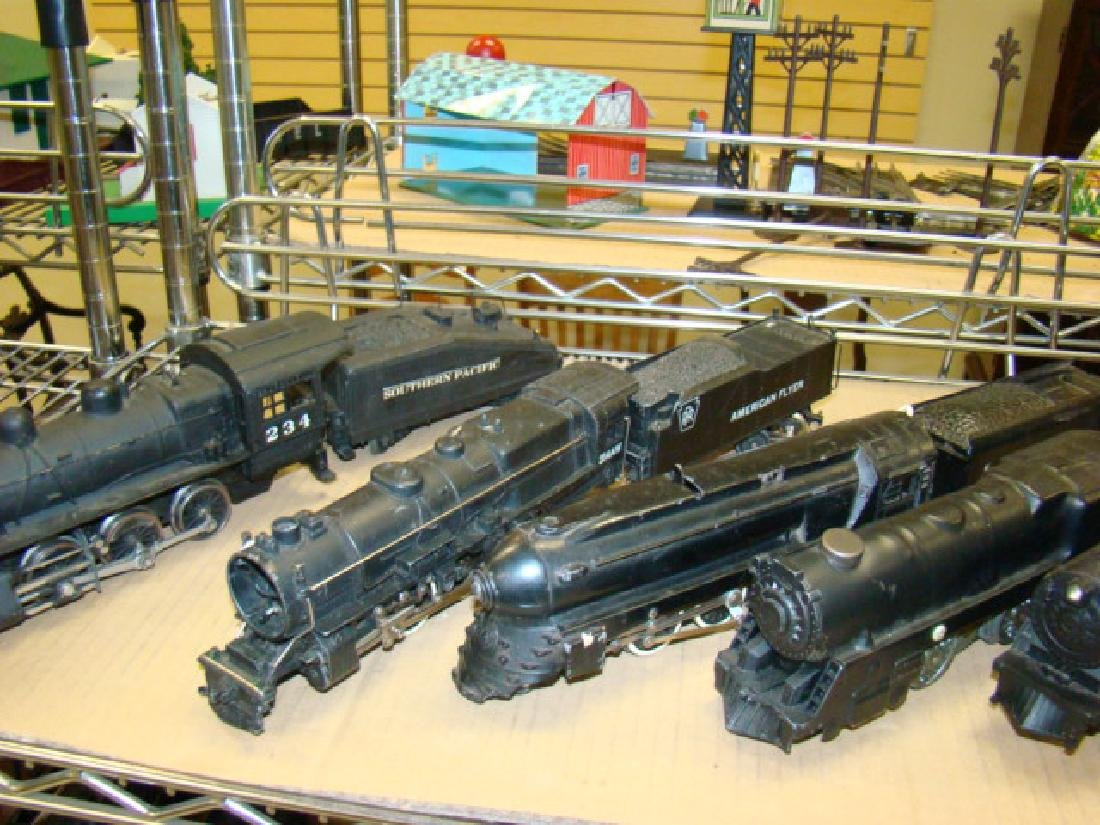 LARGE LOT OF VARIOUS LOCOMOTIVE & TENDERS - 2