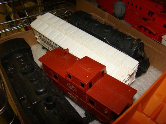 FRISCO BOX CAR-ROCKET FUEL CAR AND MORE TRAINS - 2