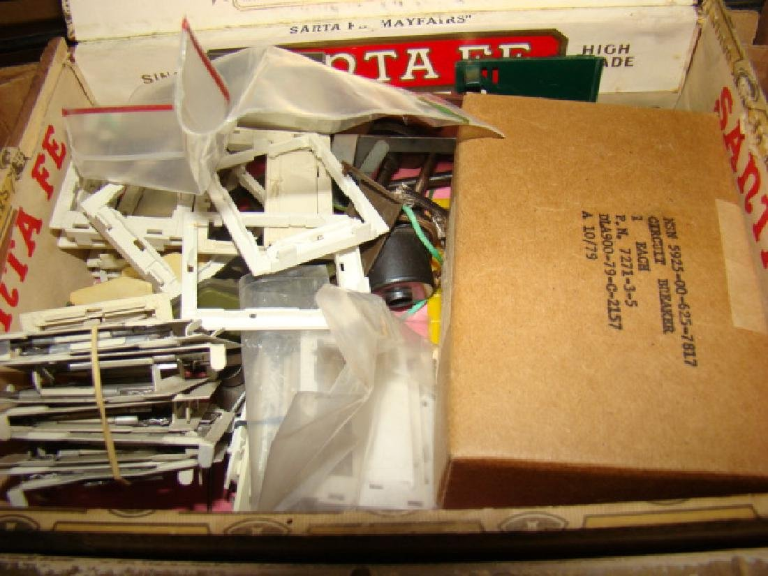 LARGE TRAIN PARTS LOT-IN CIGAR BOXES AND MORE - 4