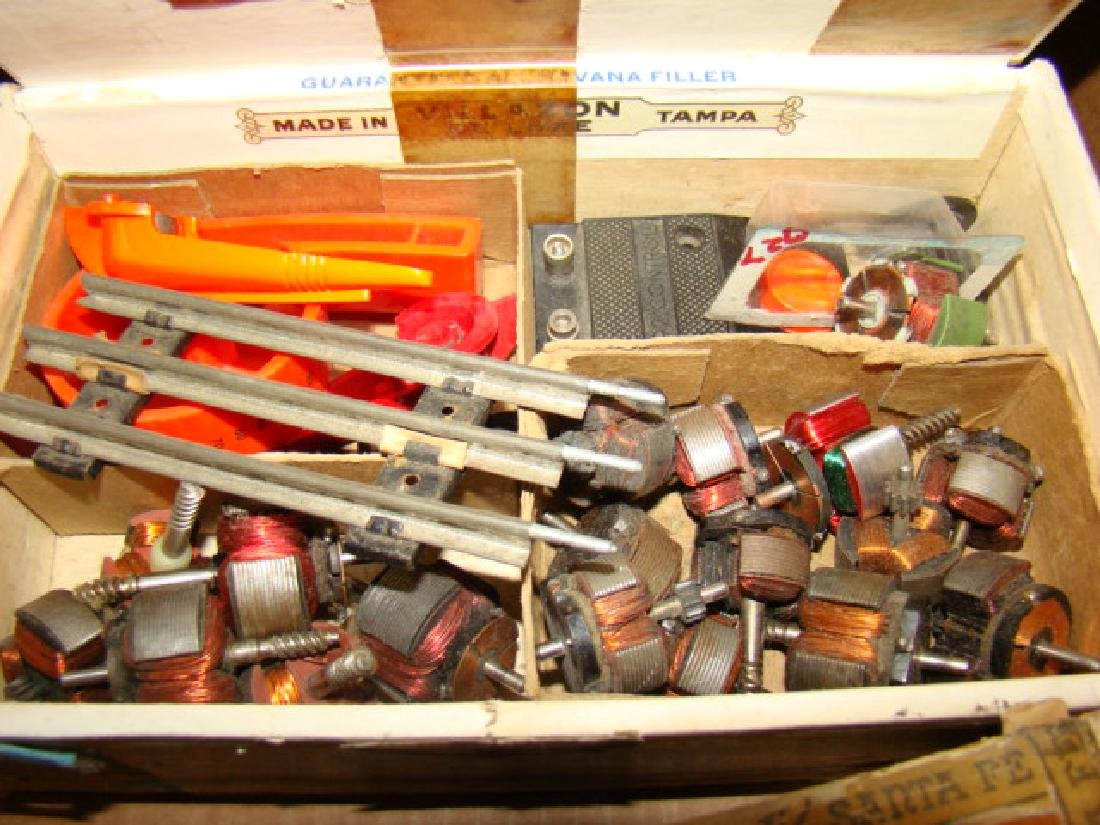 LARGE TRAIN PARTS LOT-IN CIGAR BOXES AND MORE - 7