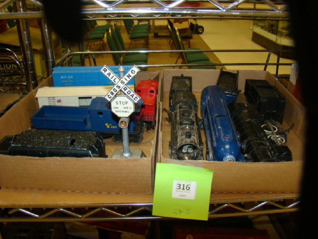 AMERICAN FLYER & LIONEL CARS