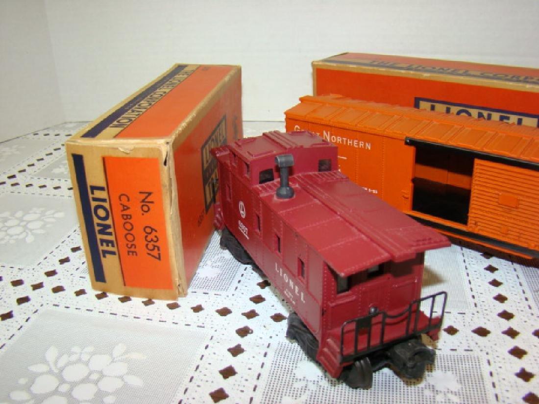 LIONEL CABOOSE & BOXCAR IN ORIGINAL BOXES - 3