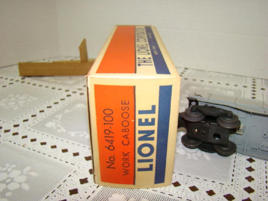 LIONEL WORKING CABOOSE IN ORIGINAL BOX - 7