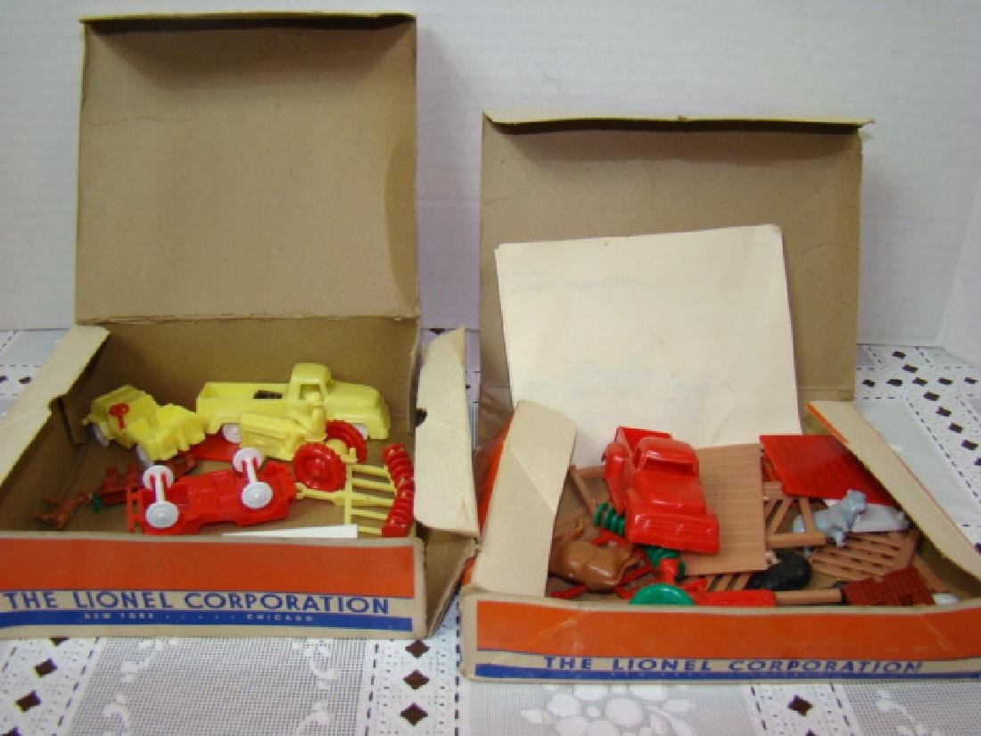 LIONEL ACCESSORIES FROM FARM & RANCH SETS