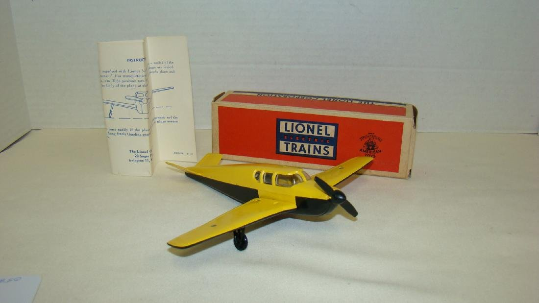 LIONEL TRAINS-YELLOW AND BLACK BEECHCRAFT AIRPLANE