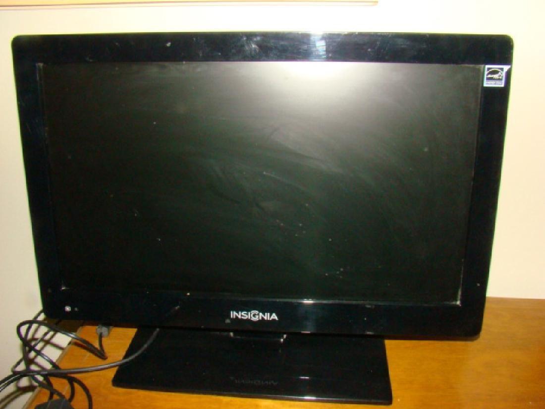 INSIGNIA LCD TV