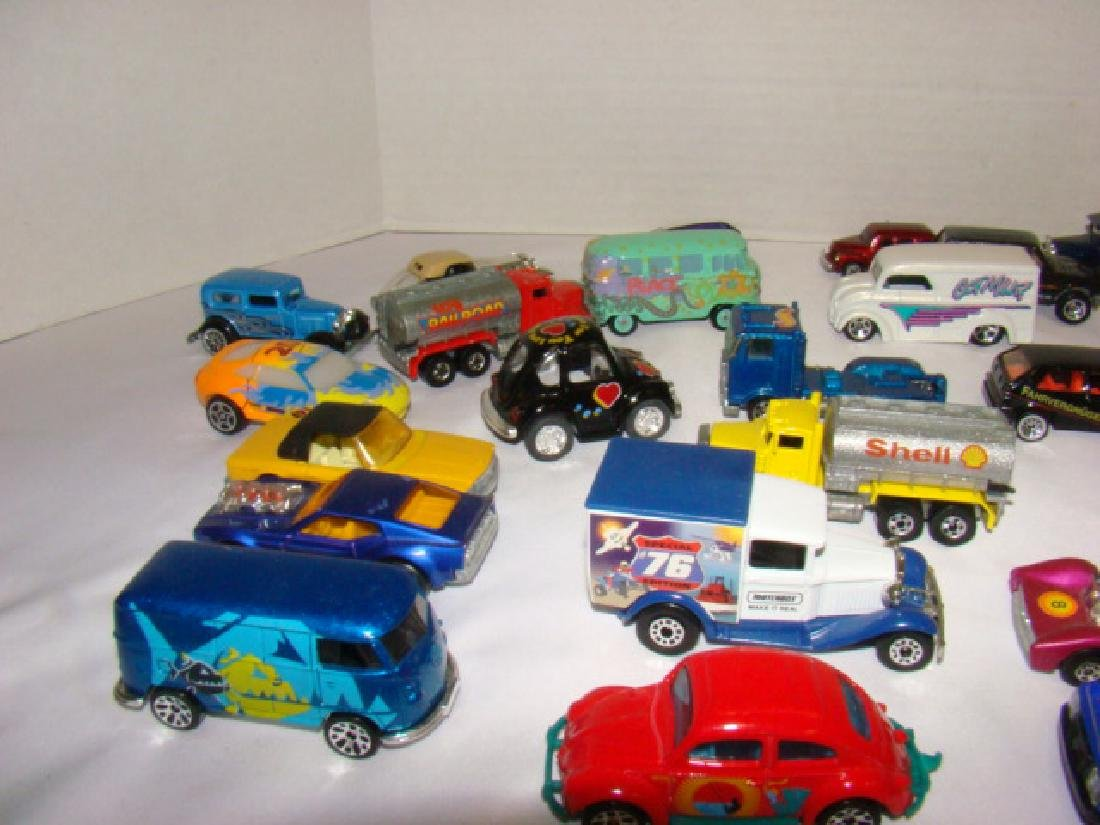 LOT OF TOY CARS - 3