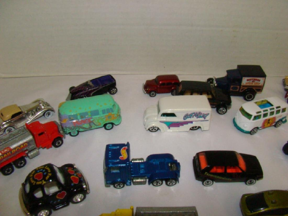 LOT OF TOY CARS - 4