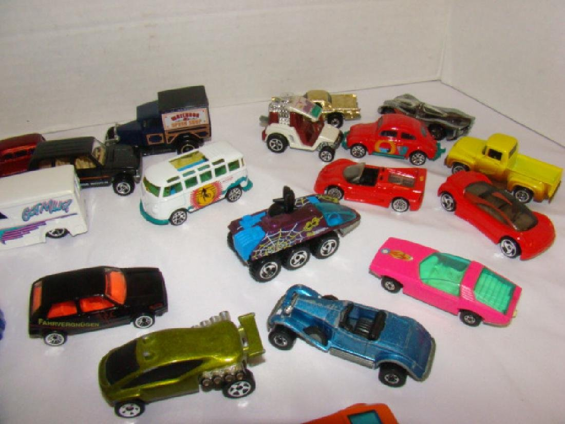 LOT OF TOY CARS - 5