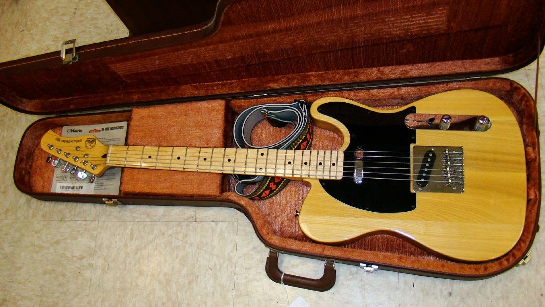 HONDO DELUXE SERIES 757 ELECTRIC GUITAR