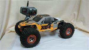 AXIAL PANTHER RC CAR WITH REMOTE