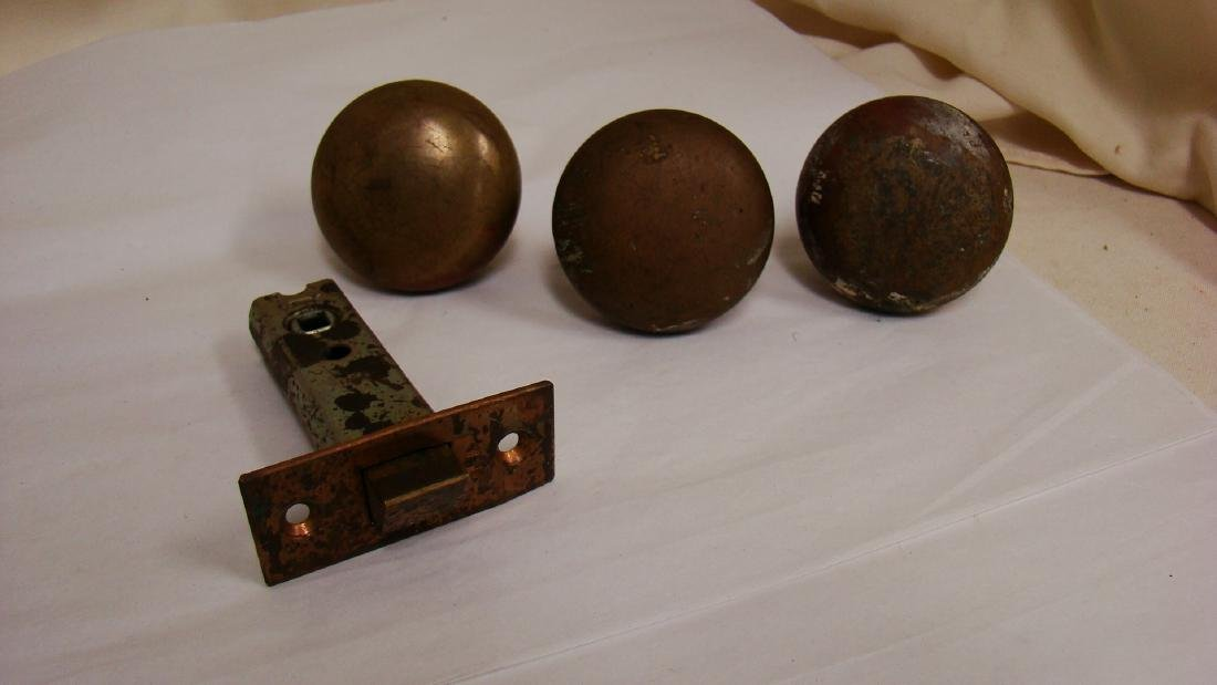 ANTIQUE GLASS AND BRASS DOOR KNOBS - 2