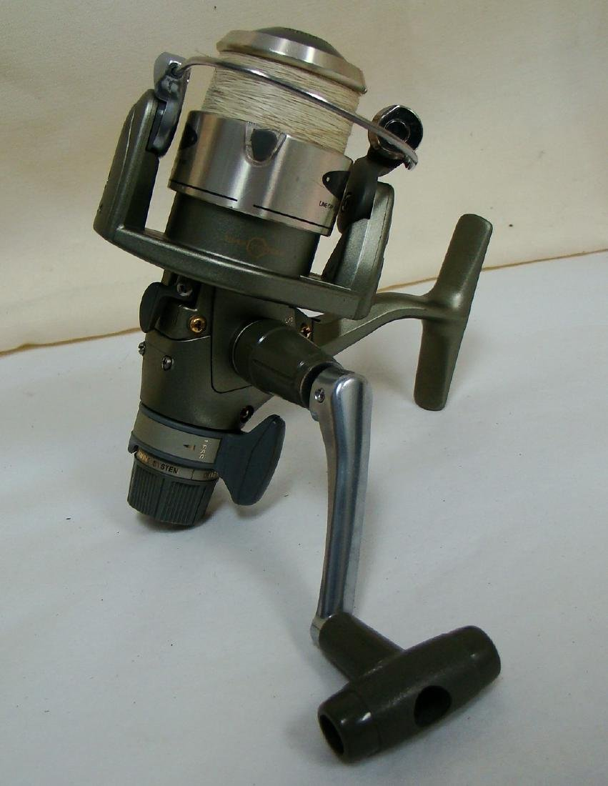 PAIR OF SPINNING FISHING REELS - 5